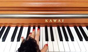 【ピアニストのための冬の冷え対策】ピアノ演奏時に手や指がかじかんで動かない時の対処法