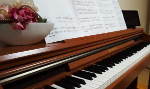 【演奏動画】Recado(レカード)を電子ピアノで弾いてみました